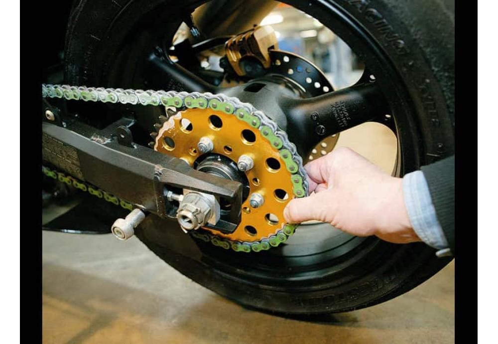 Причины износа цепей и звёзд на мотоциклах
