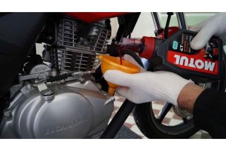 Как поменять масло в мотоцикле самостоятельно
